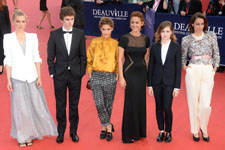 Clémence Poesy, Freddie Highmore, Lola Bessis, Audrey Dana, Christine & the Queen, Anne Berest