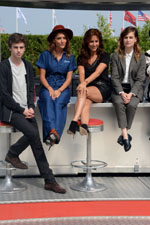 Freddie Highmore, Lola Bessis, Audrey Dana, Christine & the Queen